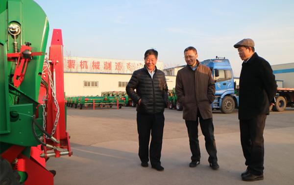 中国农业大学的李洪文教授参观我公司