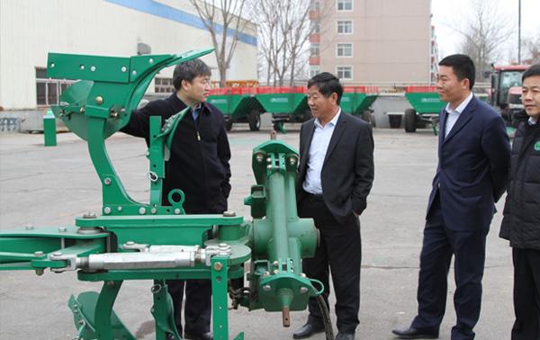 中机美诺总经理杜永琪参观我厂